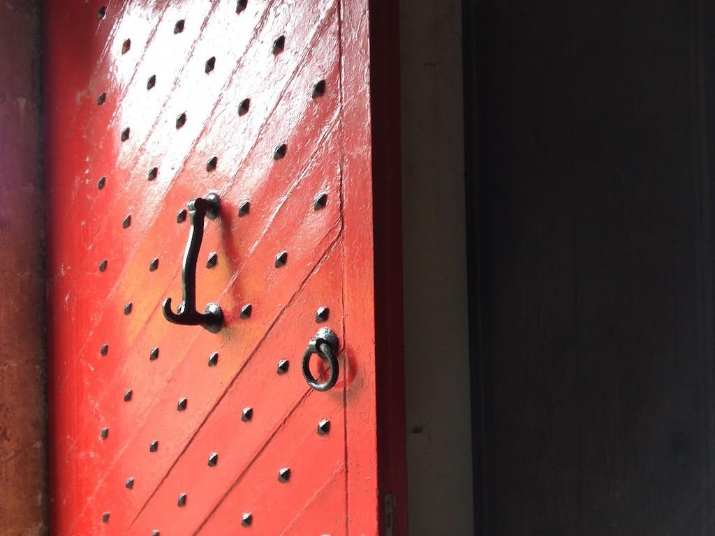 Tullynally door 3